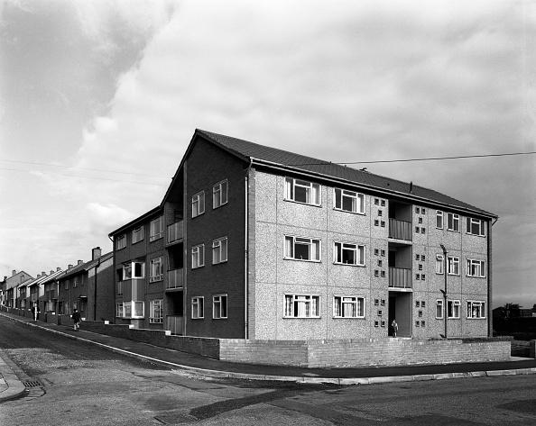 Overcast「Housing project, Mexborough, South Yorkshire, 1962. Artist: Michael Walters」:写真・画像(5)[壁紙.com]