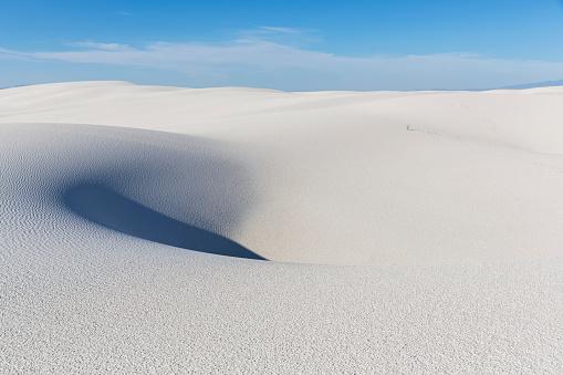 Rolling Landscape「USA, New Mexico, Chihuahua Desert, White Sands National Monument, desert dune」:スマホ壁紙(10)