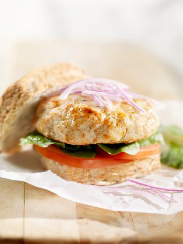 Arugula「Turkey Burger with Lettuce and Tomato」:スマホ壁紙(2)