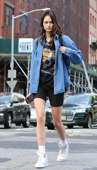 Denim「Street Style - New York Fashion Week September 2019 - Day 1」:写真・画像(14)[壁紙.com]