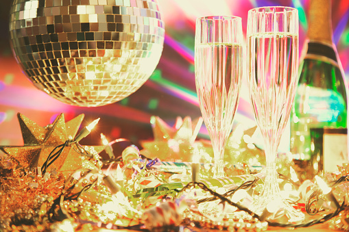 2019「New Year's Eve holiday party with champagne, disco ball, decorations.」:スマホ壁紙(10)