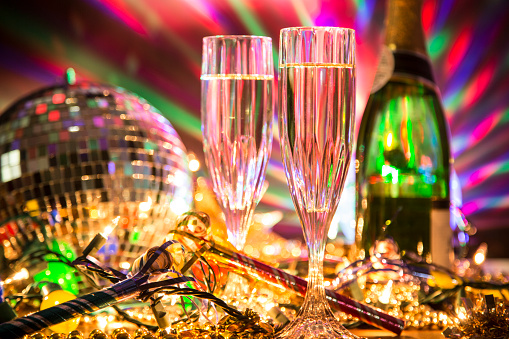 Party - Social Event「New Year's Eve holiday party with champagne, disco ball, decorations.」:スマホ壁紙(6)