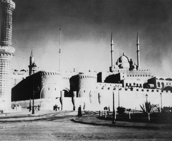 Alabaster「Citadel and Mohammed Ali Mosque, Cairo, Egypt, late 19th or early 20th century.」:写真・画像(6)[壁紙.com]