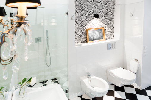 Housing Project「Stylish black and white bathroom interior with checkered patterns」:スマホ壁紙(15)