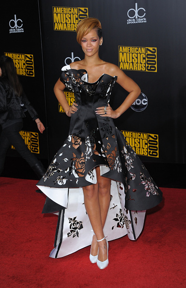 Clipping Path「2009 American Music Awards - Arrivals」:写真・画像(19)[壁紙.com]