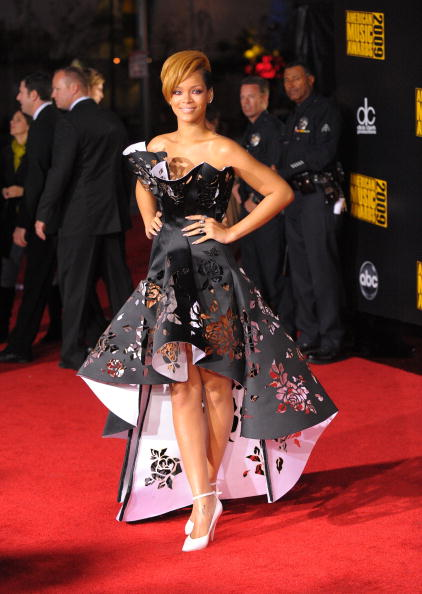 Clipping Path「2009 American Music Awards - Arrivals」:写真・画像(18)[壁紙.com]