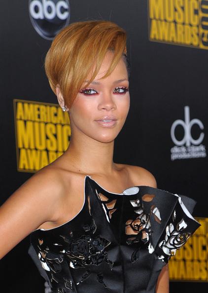 Scalloped - Pattern「2009 American Music Awards - Arrivals」:写真・画像(0)[壁紙.com]