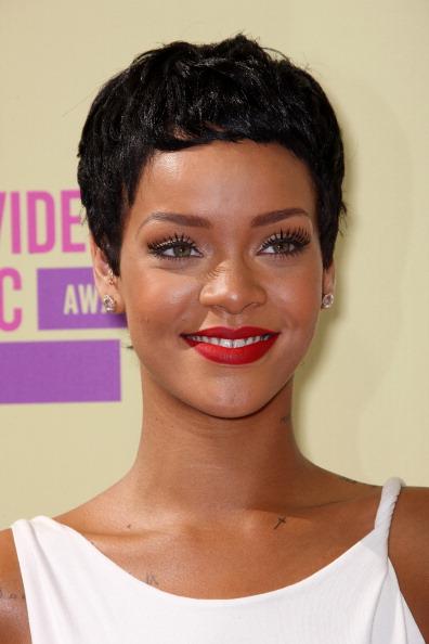 ショートヘア「2012 MTV Video Music Awards - Arrivals」:写真・画像(8)[壁紙.com]