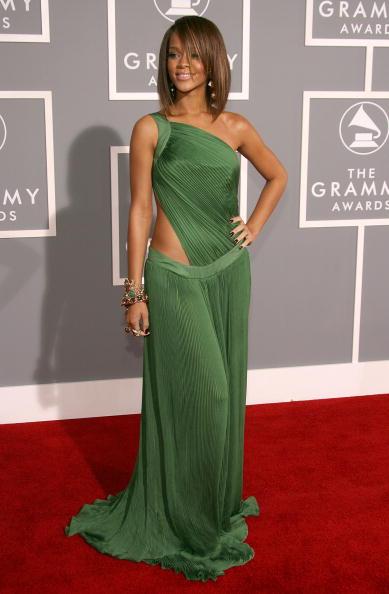 Clothing「49th Annual Grammy Awards - Arrivals」:写真・画像(18)[壁紙.com]