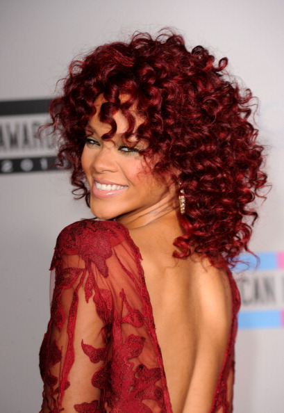 Redhead「2010 American Music Awards - Arrivals」:写真・画像(10)[壁紙.com]