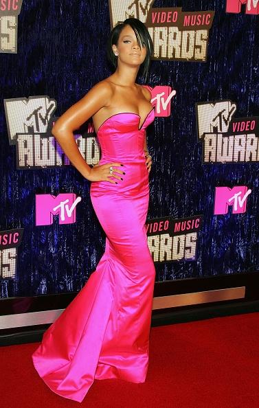 体にぴったりしたドレス「2007 MTV Video Music Awards - Arrivals」:写真・画像(10)[壁紙.com]