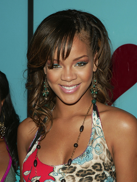 Green Eyeshadow「MTV TRL With Jamie Lynne Spears and Rihanna」:写真・画像(5)[壁紙.com]