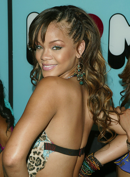 Green Eyeshadow「MTV TRL With Jamie Lynne Spears and Rihanna」:写真・画像(3)[壁紙.com]