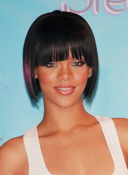 "Bangs「Rihanna Named 2007 Venus Breeze ""Celebrity Legs Of A Goddess""」:写真・画像(2)[壁紙.com]"