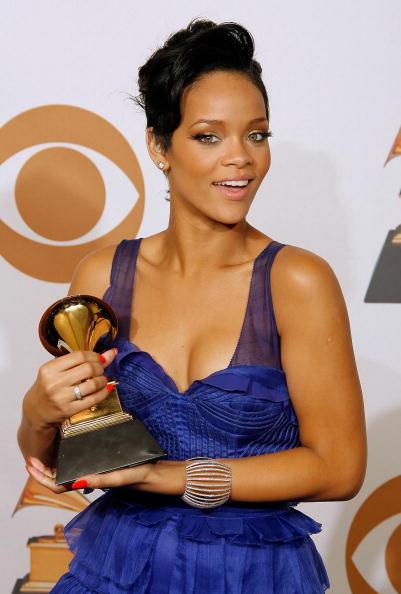 Umbrella「50th Annual Grammy Awards - Press Room」:写真・画像(4)[壁紙.com]