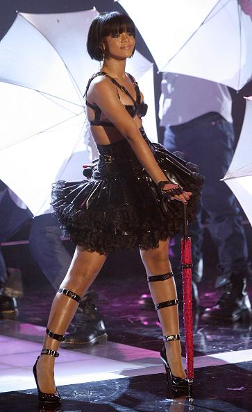 Umbrella「2007 MTV Movie Awards - Show」:写真・画像(11)[壁紙.com]