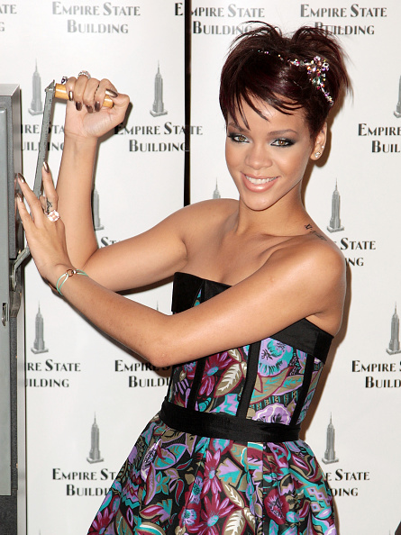 Empire State Building「Rihanna And Cartier Light The Empire State Building」:写真・画像(8)[壁紙.com]