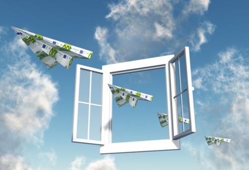 European Union Currency「100 Euro Notes flying through an open Window」:スマホ壁紙(13)