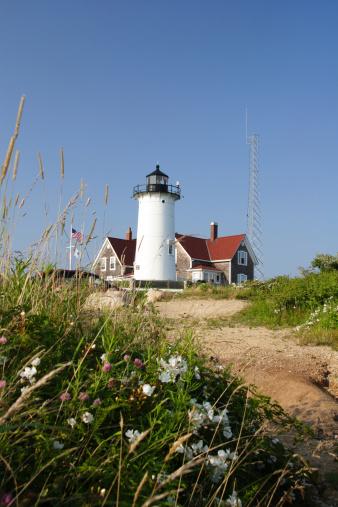 Beacon「Pathway to Nobska lighthouse in Cape Cod, Massachusetts」:スマホ壁紙(10)