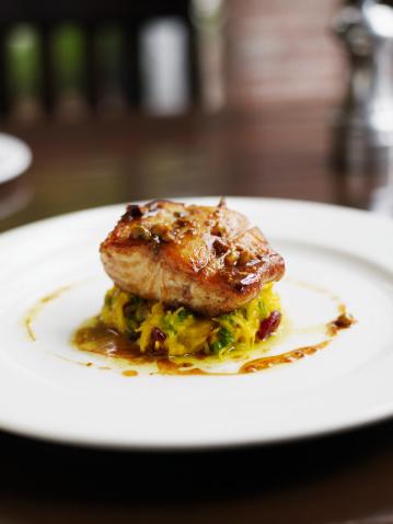 Vinaigrette Dressing「Alaskan ling cod with spaghetti squash, scallions and cranberry-pistachio vinaigrette」:スマホ壁紙(2)