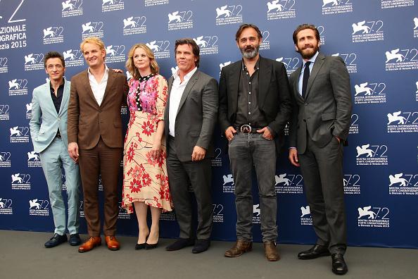 Full Suit「'Everest' Photocall - 72nd Venice Film Festival」:写真・画像(12)[壁紙.com]