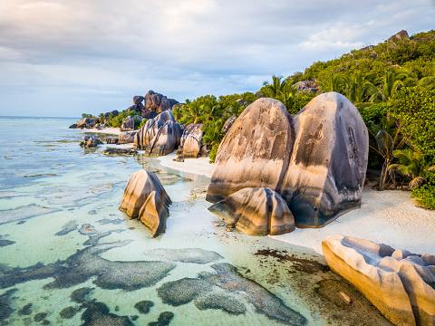Indian Ocean「Seychelles Anse Source d'Argent Beach La Digue Island」:スマホ壁紙(1)