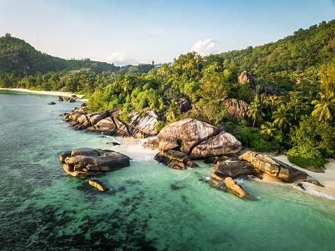 East Africa「Seychelles Aerial View Anse Takamaka Mahe Island」:スマホ壁紙(3)