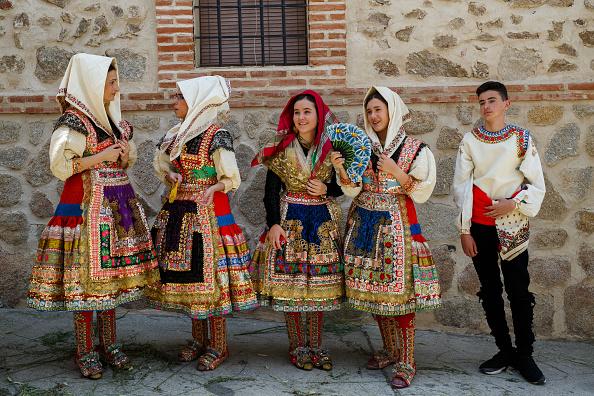 Tradition「Corpus Christi Celebration In Largatera」:写真・画像(2)[壁紙.com]