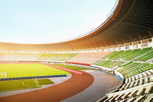 Stadium「Spotlights and floodlights at a stadium」:スマホ壁紙(15)