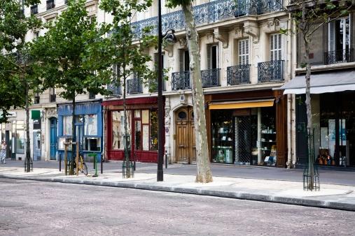 Street「Shops on Boulevard Saint-Michel, Paris, France」:スマホ壁紙(10)