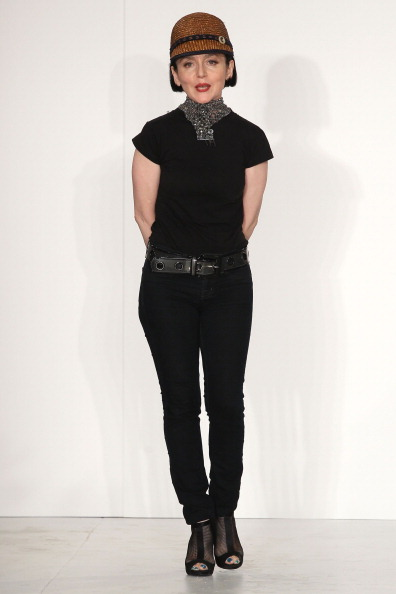 Spring Collection「Joanna Mastroianni Spring 2012 Collection - Runway」:写真・画像(14)[壁紙.com]