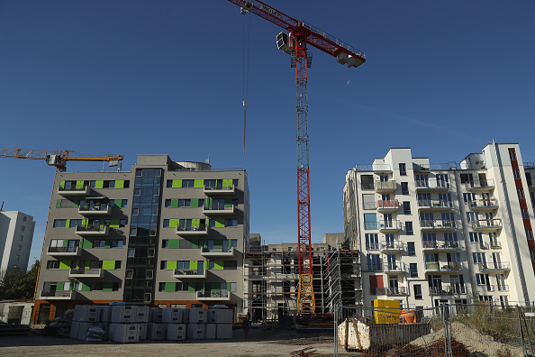 Germany「Berlin Real Estate Prices Continue To Rise」:写真・画像(17)[壁紙.com]