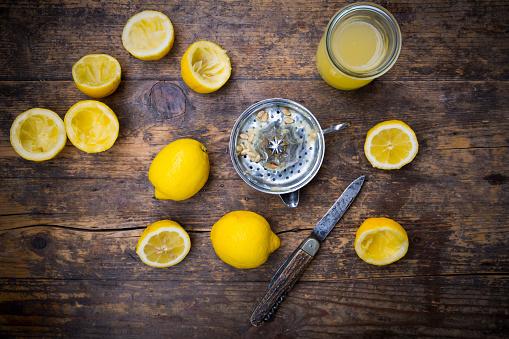 Sour Taste「Freshly squeezed lemon juice, lemon squeezer」:スマホ壁紙(8)
