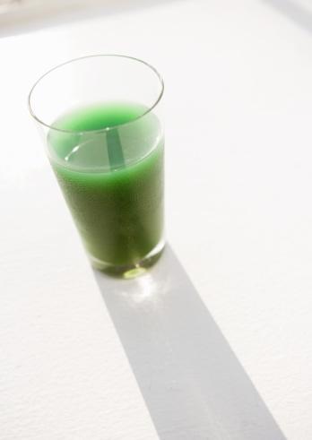 Vegetable Juice「Freshly squeezed wheatgrass juice」:スマホ壁紙(2)