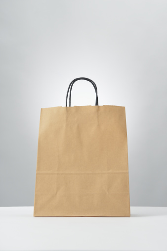 Handle「Paper bag  on gray background」:スマホ壁紙(7)