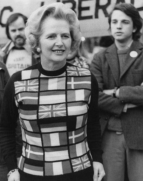 セーター「Thatcher Endorses Europe」:写真・画像(0)[壁紙.com]