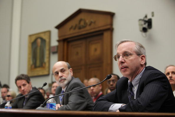 Treasury - Finance and Government「Geithner And Bernanke Testify Before House Panel On AIG's Impact On Economy」:写真・画像(13)[壁紙.com]