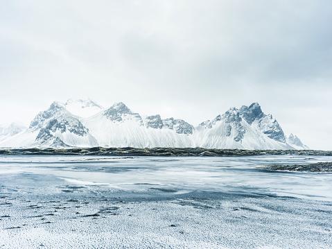 Mountain Range「Arctic Solitude」:スマホ壁紙(16)
