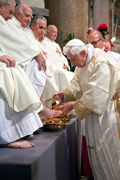 Franco Origlia「Pope Benedict XVI Conducts Mass Of The Lord's Supper」:写真・画像(16)[壁紙.com]
