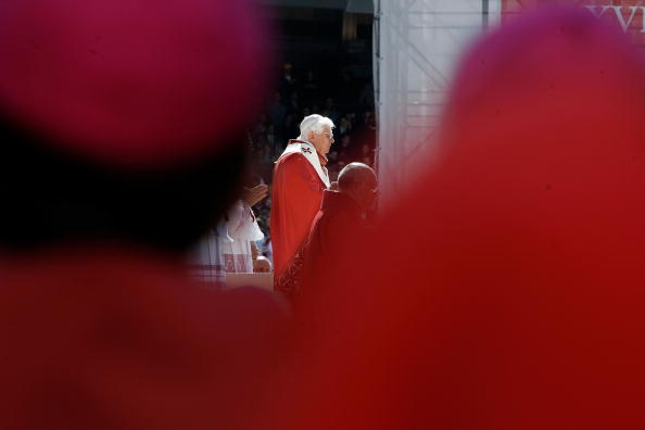 Religious Mass「Pope Benedict XVI Celebrates Mass At Nationals Park」:写真・画像(16)[壁紙.com]
