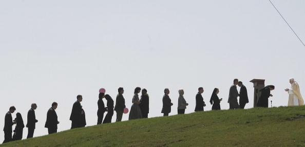 Religious Mass「Pope Benedict XVI Visits Bavaria - Day 4」:写真・画像(4)[壁紙.com]