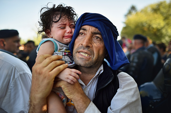 Refugee「Migrants Arrive In Tovarnik As Croatia Becomes The New Route Into Europe」:写真・画像(4)[壁紙.com]