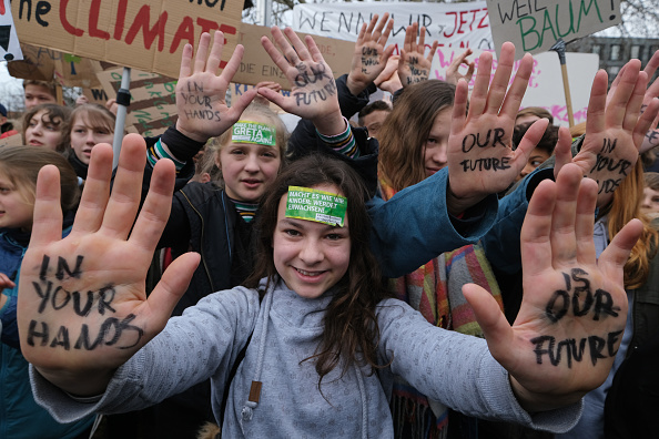 Protest「Student Climate Strikes Continue Across Germany」:写真・画像(8)[壁紙.com]