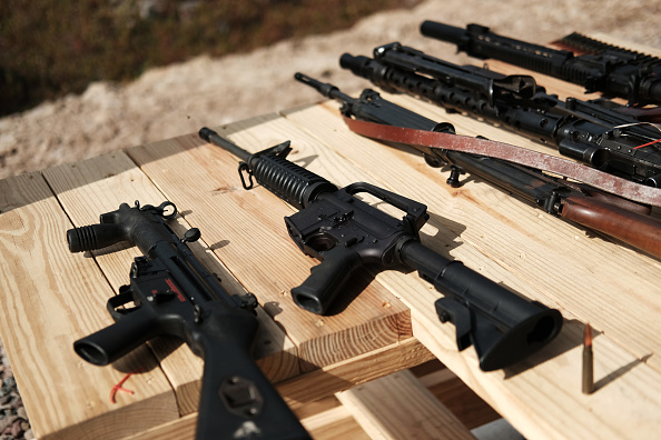 Rifle「2nd Amendment Advocates Gather At The Rod Of Iron Freedom Festival」:写真・画像(12)[壁紙.com]