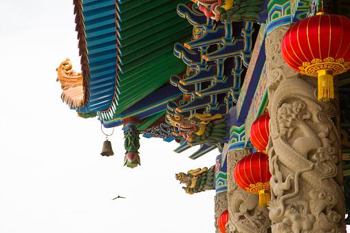 Chinese Lantern「Luoshi Temple in Gansu province, China」:スマホ壁紙(2)