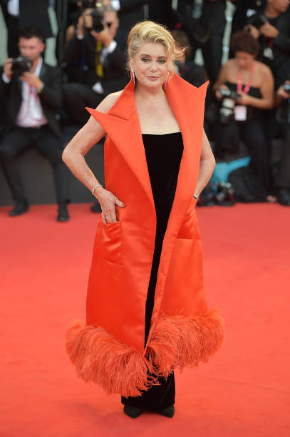 """La Vérité"" (The Truth) And Opening Ceremony Red Carpet Arrivals - The 76th Venice Film Festival:ニュース(壁紙.com)"