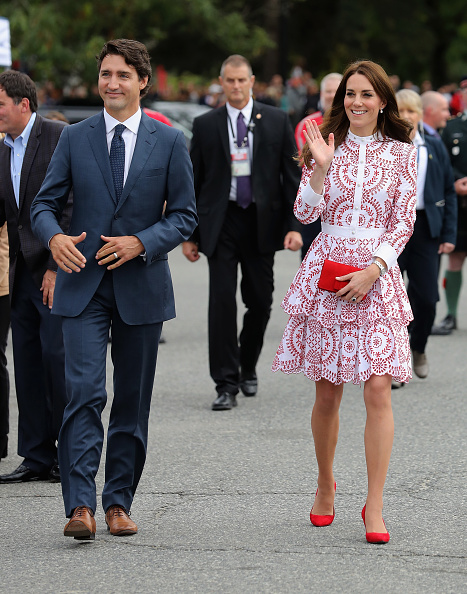 全身「2016 Royal Tour To Canada Of The Duke And Duchess Of Cambridge」:写真・画像(16)[壁紙.com]