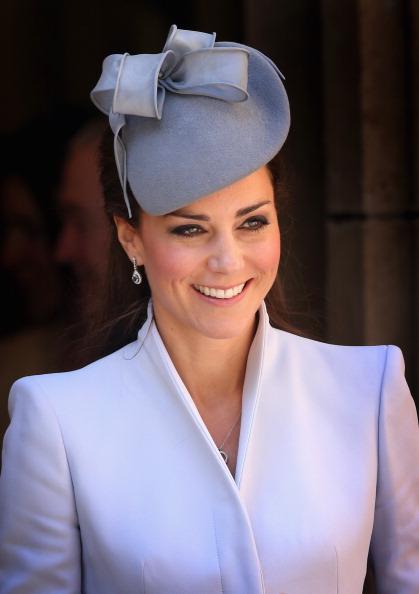 Fascinator「The Duke And Duchess Of Cambridge Tour Australia And New Zealand - Day 14」:写真・画像(17)[壁紙.com]