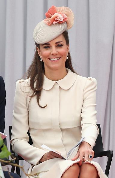 出席する「The Duke & Duchess Of Cambridge Attend A Service Of Remembrance」:写真・画像(5)[壁紙.com]