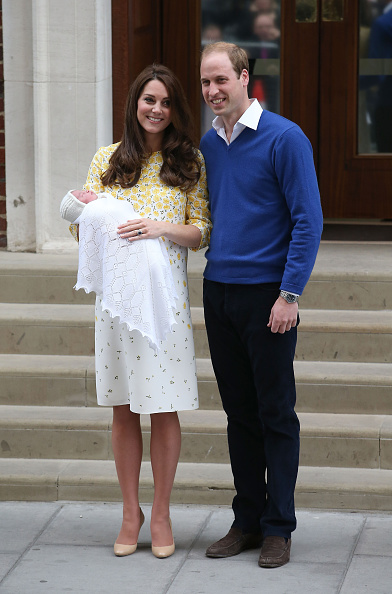 Prince - Royal Person「The Duke And Duchess Of Cambridge Depart The Lindo Wing With Their Daughter」:写真・画像(14)[壁紙.com]